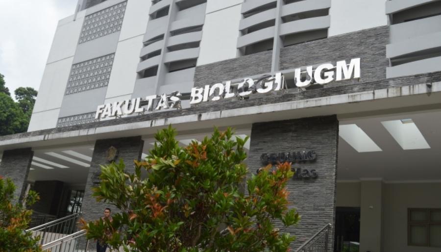Alasan Dan Tips Masuk IUP Biologi UGM